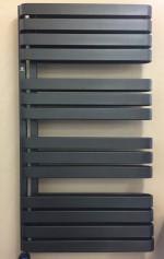 Badheizkörper WARP S, 1110x600, black metallic, rein elektrisch